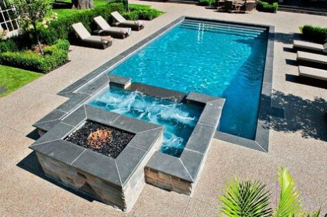Beautiful Hot Tub and Pool Combination