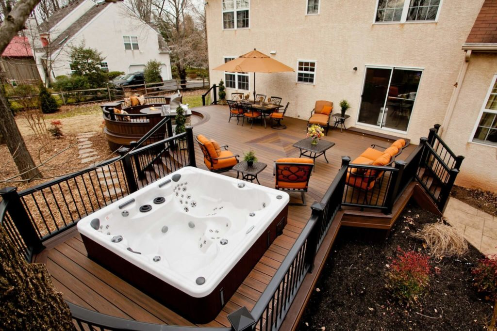 Beautiful Deck With Hot Tub Area