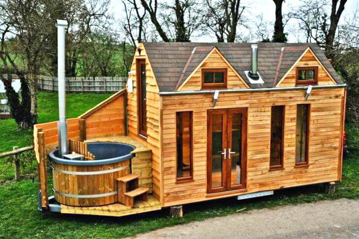 Tiny House Hot Tub