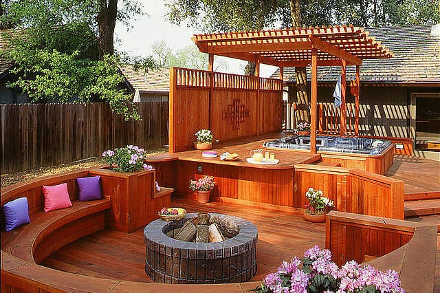 Beautiful Redwood Pergola